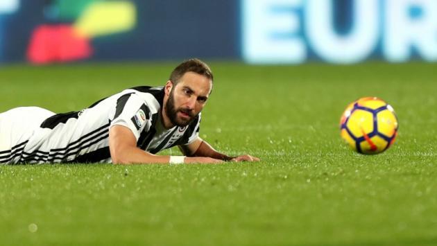 Champions League: Gonzalo Higuaín respondió a críticas por fallar penal ante Tottenham