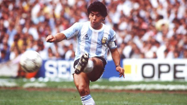 ¿Cuántos balones de oro habría ganado Diego Armando Maradona?