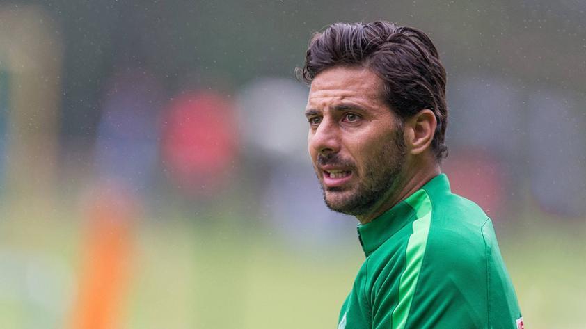 ¿Claudio Pizarro se va del Werder Bremen?