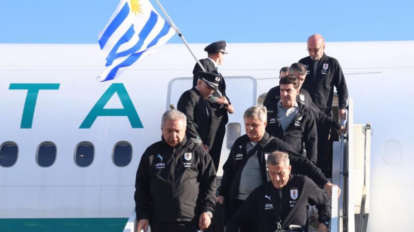 Selección uruguaya llega a Rusia para disputar el mundial