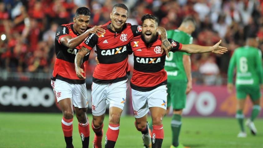 El 'Fla' cae 3-2 con gol de Guerrero y dos pases gol de Trauco