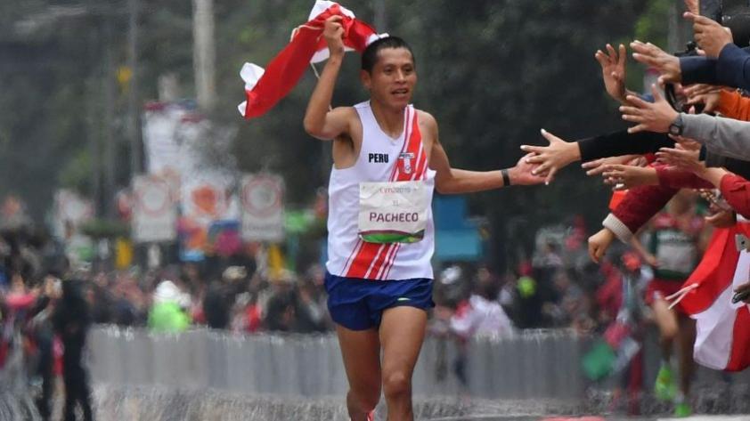 Cristhian Pacheco, medallista de oro en Lima 2019, recibe beca integral de estudios universitarios
