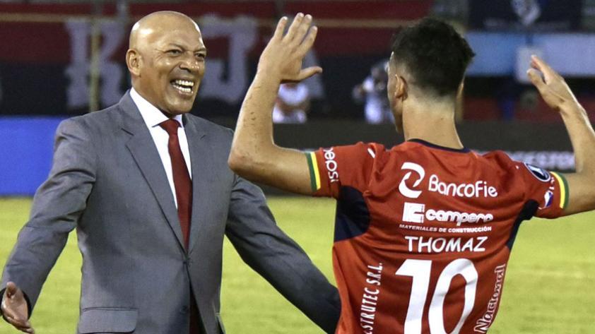 Wilstermann de Roberto Mosquera hace historia en la Copa Libertadores
