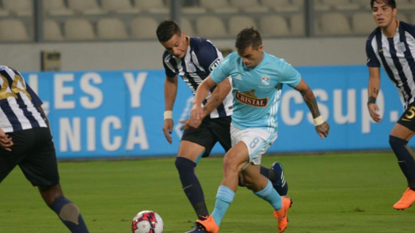 Alianza Lima gana por 2-1 a Sporting Cristal y consigue su tercera victoria en el año
