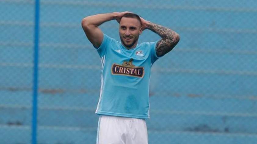 ¡Ausente!  Emanuel Herrera no podrá jugar ante Alianza Lima