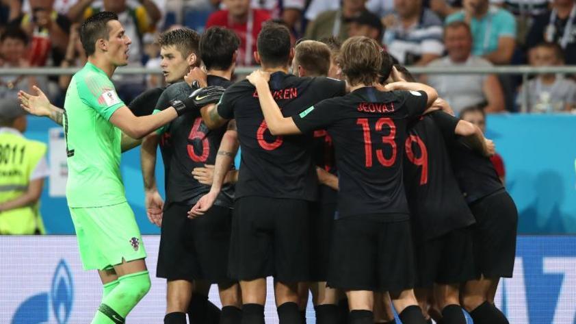 Croacia gana 2-1 a Islandia y consigue su pase a octavos de final de Rusia 2018
