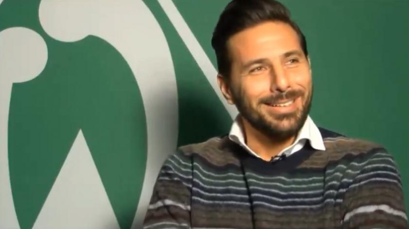El goleador incansable: Claudio Pizarro quiere seguir anotando más goles en la Bundesliga