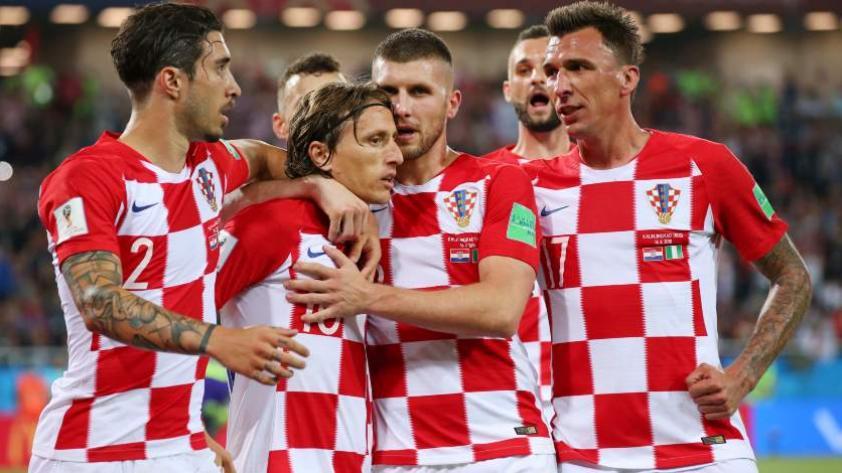 Croacia gana por 2-0 a Nigeria en su debut en la copa del mundo