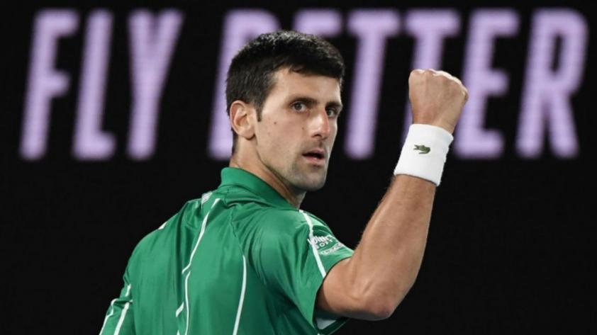 Djokovic pasó pruebas de descarte al Covid-19, tras positivo de su entrenador