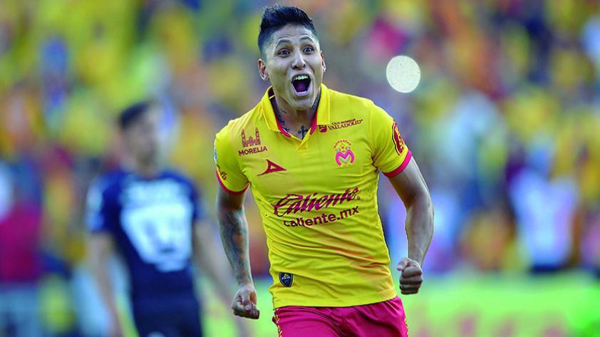 Raúl Ruidíaz elegido como mejor centro delantero de la Liga MX