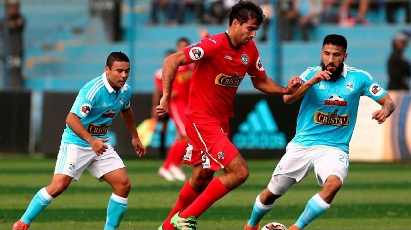 Alianza Lima anunció a Gianmarco Gambetta como flamante refuerzo blanquiazul