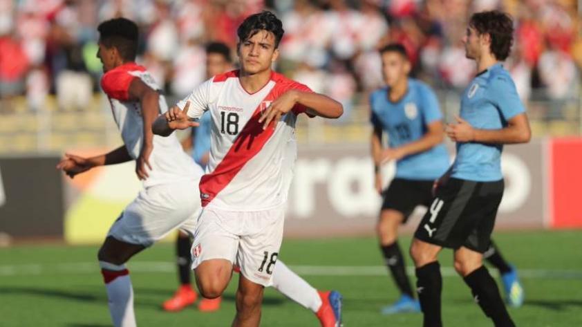 Óscar Pinto tras anotar doblete en la victoria peruana: