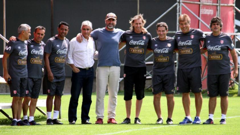 Selección Peruana recibió la visita del histórico Eric Cantona