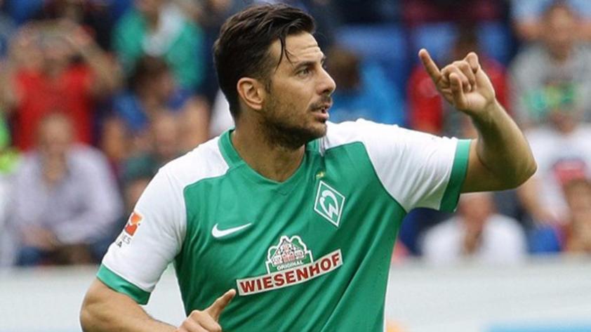¿Claudio Pizarro podría jugar en la Segunda División de Turquía?
