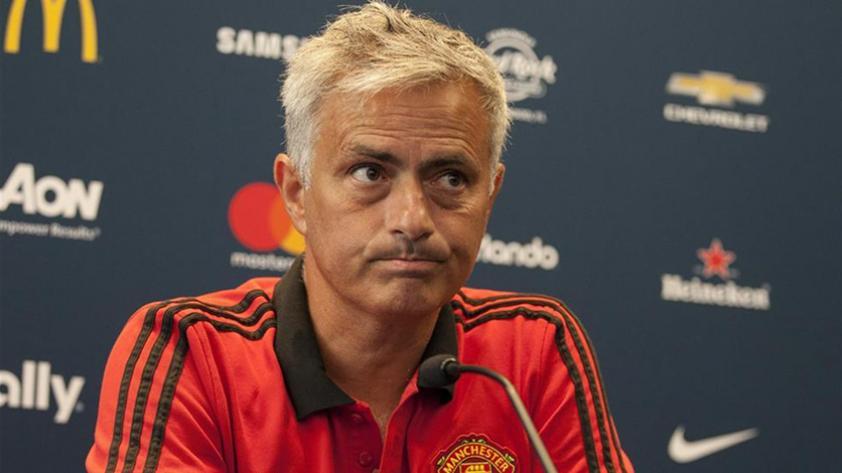 """Mourinho: """"Hay clubs que están pagando demasiado y creando un mercado fuera de control"""""""