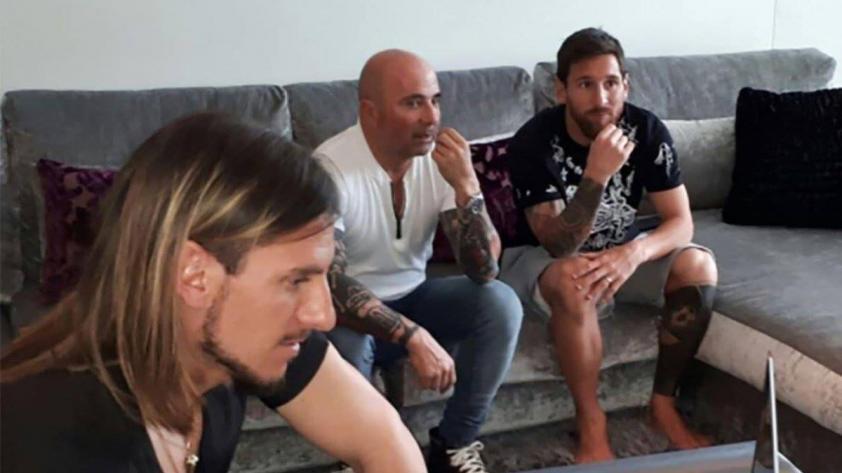 Jorge Sampaoli se reunió con Lionel Messi de cara al partido con Perú
