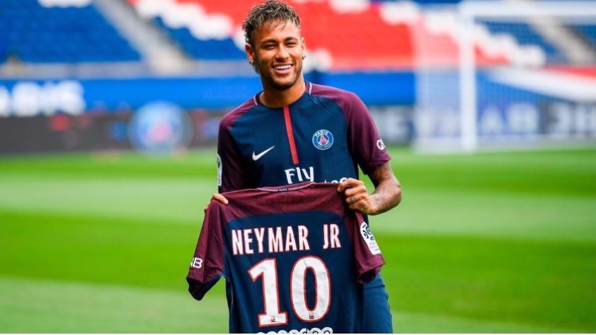 Amistad con Messi, el tweet de Piqué y mucho más: las 10 mejores frases de Neymar en su presentación en PSG