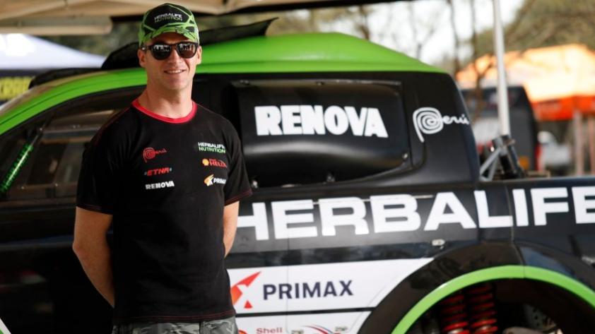 Fuchs se retira del Desafío Inca 2018 tras incendio de su camioneta