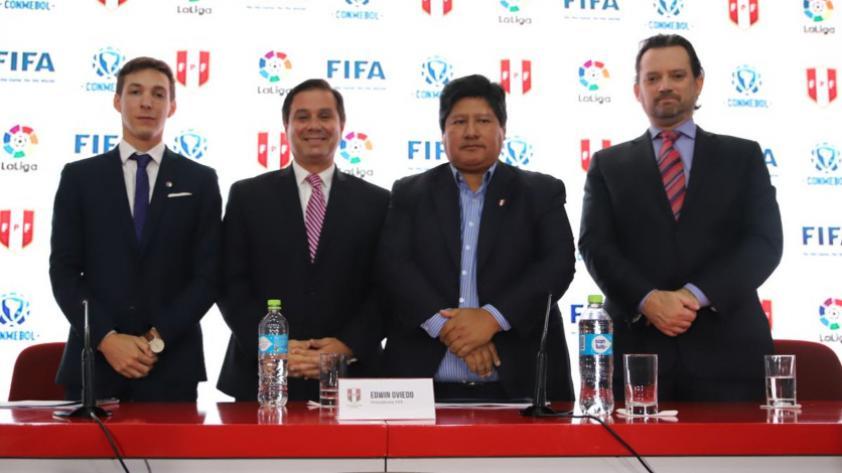 Edwin Oviedo anuncia la creación de la Liga de Fútbol Profesional
