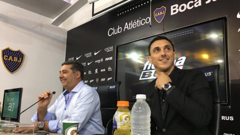 Nicolás Burdisso fue presentado como director deportivo de Boca Juniors y aseguró que están en búsqueda de DT