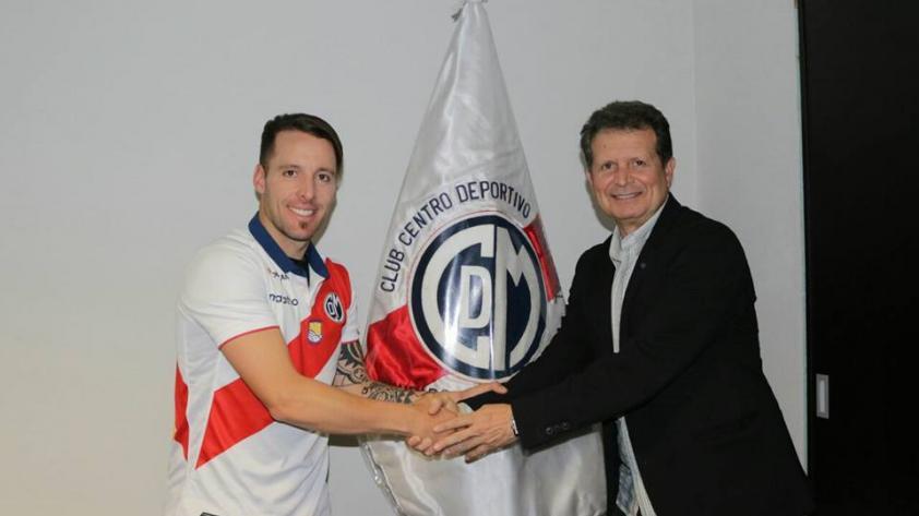 Pablo Lavandeira de vuelta a Deportivo Municipal