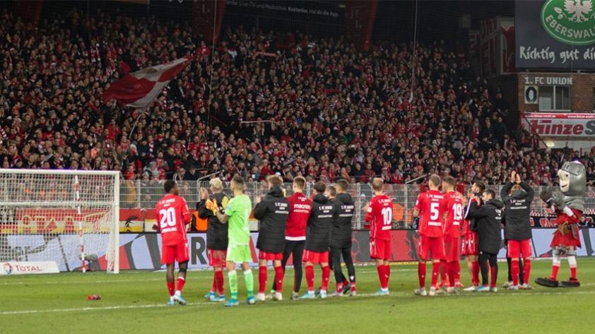 Bundesliga: la plantilla entera del Union Berlin renunció a sus salarios por la suspensión del torneo