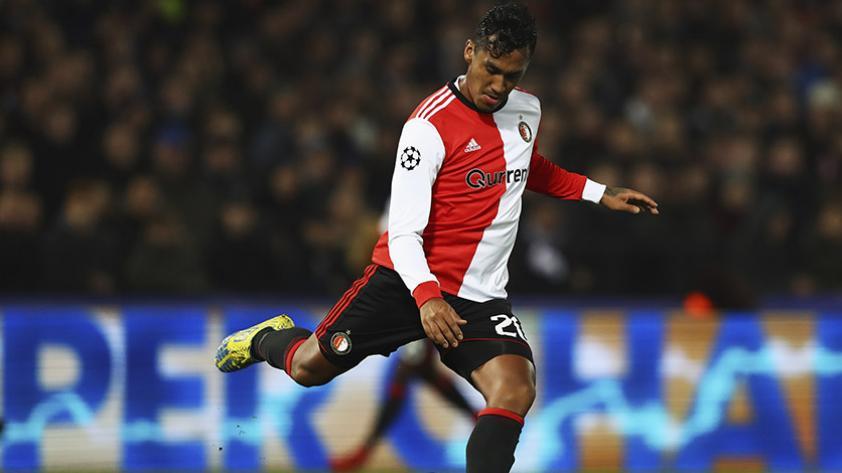Renato Tapia anotó su primer gol en la temporada holandesa
