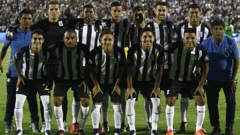 Rincón Blanquiazul: Alianza Lima cumple 117 años con una deuda internacional (OPINIÓN)
