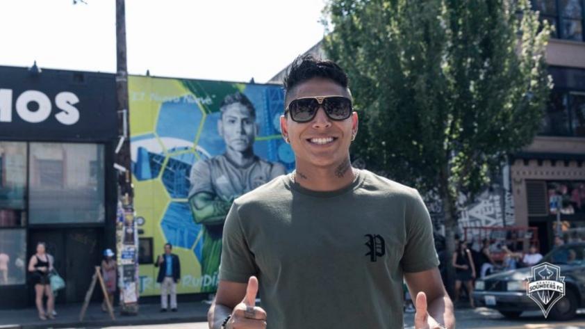 Seattle Sounders le dedica mural a Ruidíaz