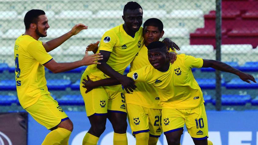 Comerciantes ganó 0-1 a Cantolao en el Callao y es líder