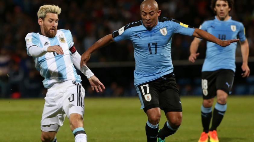 ¿Egidio Arévalo Ríos a Deportivo Municipal? Esto señalan desde Uruguay