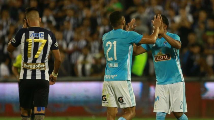 Sporting Cristal goleó por 4 -1 a Alianza Lima y está a un paso de llevarse la Copa Movistar