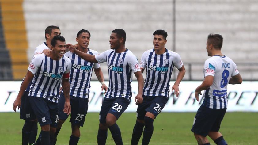 Alianza Lima le ganó 2 - 0 a Real Garcilaso con goles de Cruzado y Aguiar