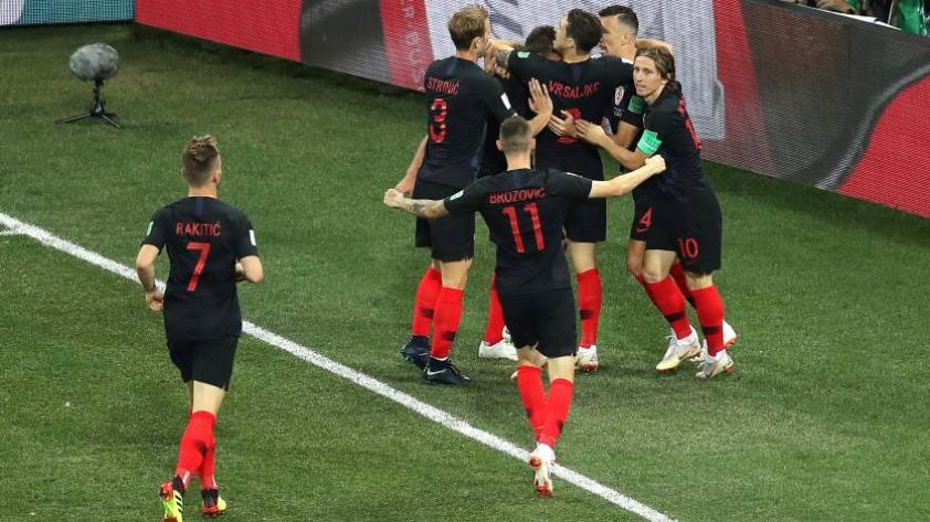 Por penales Croacia gana 3-2 a Dinamarca y consigue su pase a cuartos de finales.