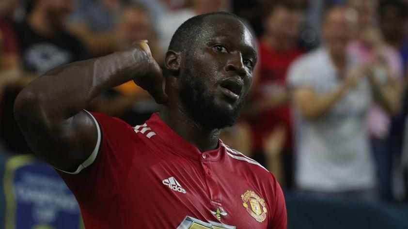 Romelu Lukaku marca distancias con Drogba