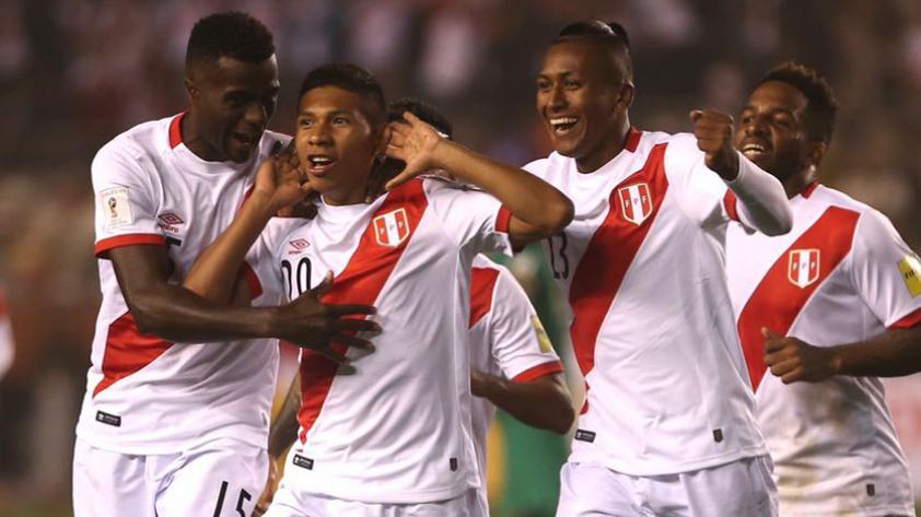 Perú derrotó 2-1 a Bolivia y se aferra al sueño de la clasificación