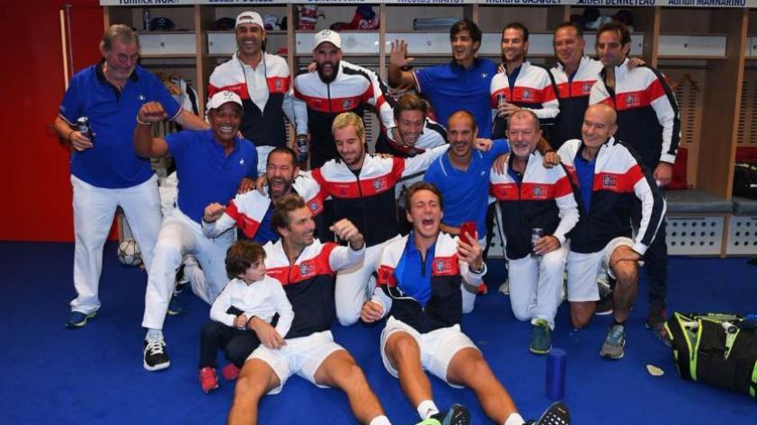 Francia vence a España y es finalista de la Copa Davis