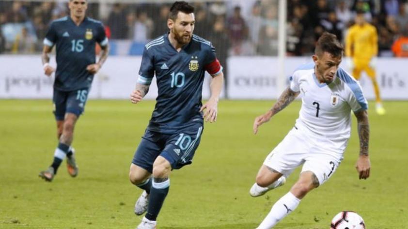 Argentina empató 2-2 con Uruguay en partido amistoso internacional
