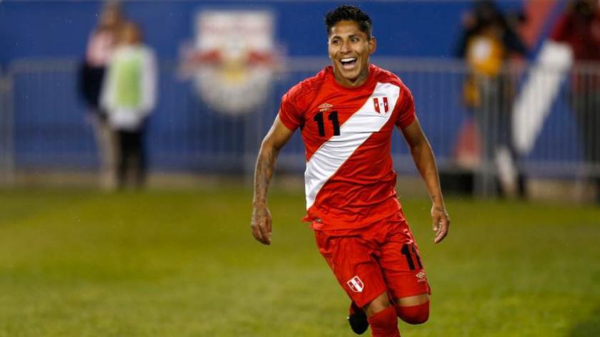 Raúl Ruidíaz estaría en duda para los amistosos de la selección peruana