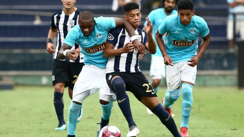 Kevin Quevedo pidió disculpas a hinchada de Alianza Lima tras indisciplina