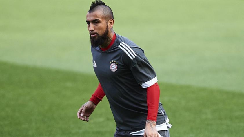 Bayern Munich vs. Real Madrid: Arturo Vidal se lesionó y es duda para los partidos de Champions League