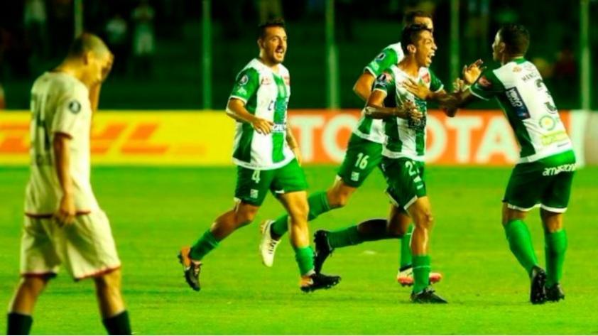 Universitario de Deportes cayó 2-0 ante Oriente Petrolero en su debut de Copa Libertadores