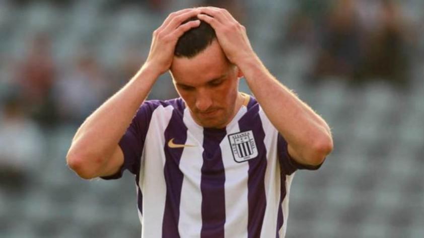 ¡Baja para los íntimos! Mauricio Affonso estaría descartado para encuentro contra Internacional de Porto Alegre