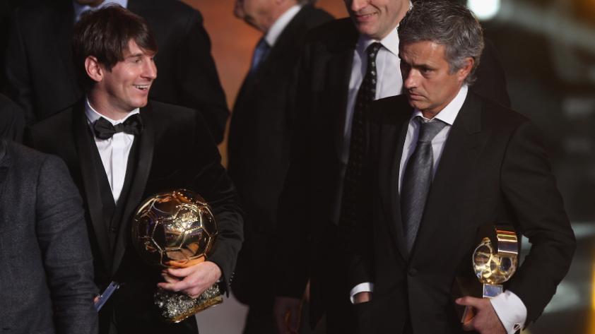 """José Mourinho: """"Messi sabe que el Balón de Oro lo está esperando"""""""