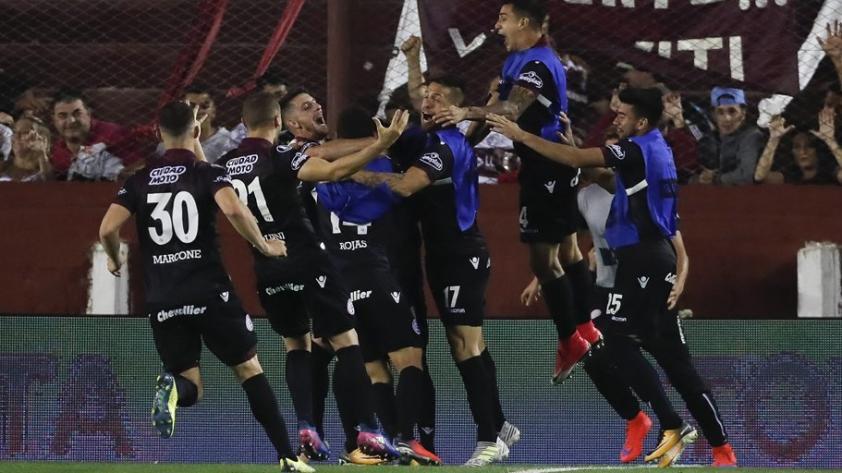 En un partidazo, Lanús venció 4-2 a River y clasificó a la final de la Copa Libertadores