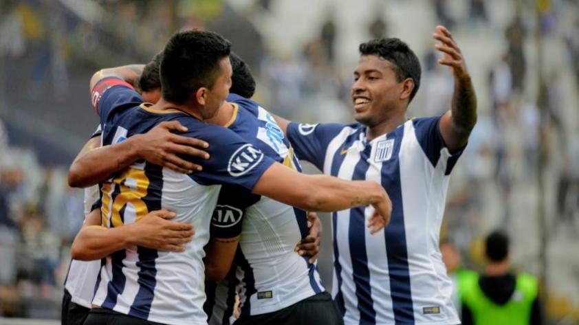 Alianza Lima golea por 5-1 a Comerciantes Unidos y es líder del Apertura