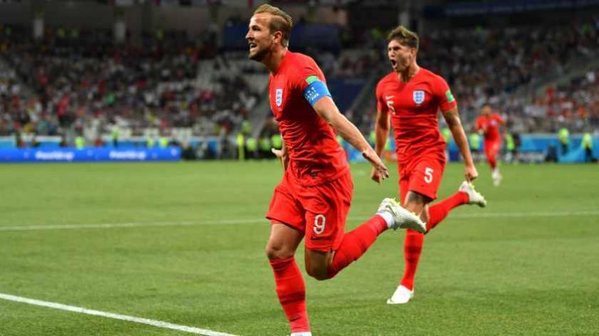 Inglaterra debuta con triunfo por 2-1 contra Túnez