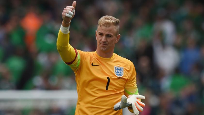 Joe Hart cerca del West Ham