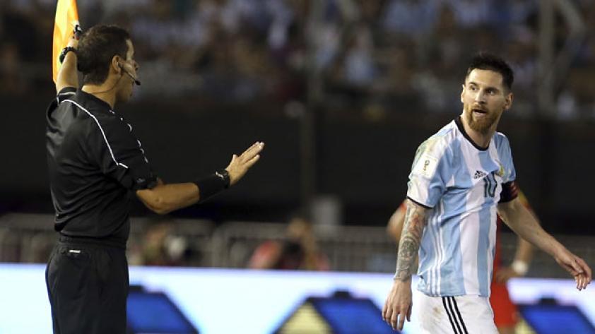 Lionel Messi suspendido por cuatro fechas