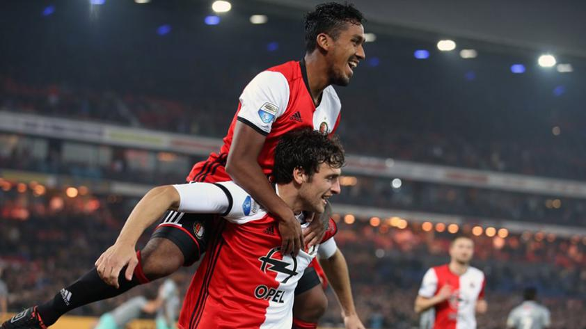 Renato Tapia inscrito en Feyenoord para jugar la Champions